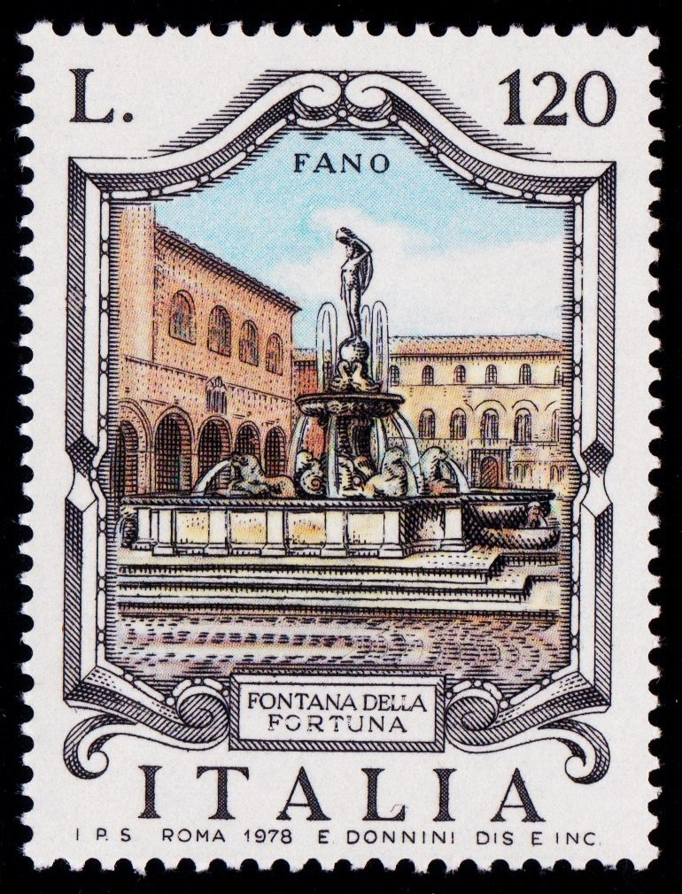 Italy 1978 Fountain Fano.jpg