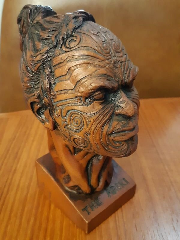 The ariki, resin based sculpture by Allan Davey