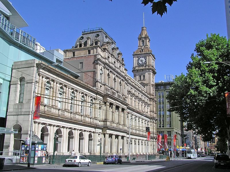 Old Melbourne GPO 2010 from Elizabeth Street