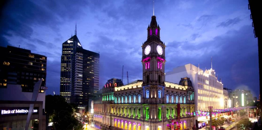 Old Melbourne GPO at night