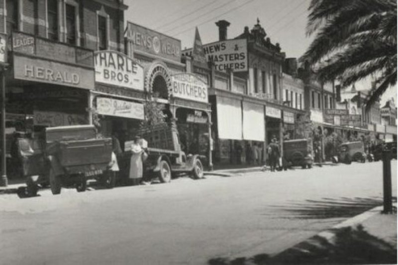 Modern reproduction postcard. Main street of Dandenong in 1938.